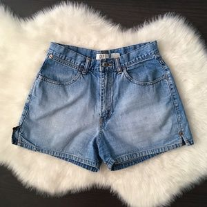 VTG 90s GAP High Waisted Jean Shorts
